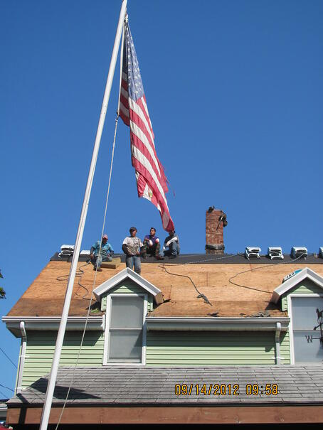 Workers without fall protection in Massachusetts