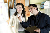 homeowner_with_estiamtor_ks105517-resized-600